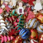 Håndlavet julepynt skåret i træ